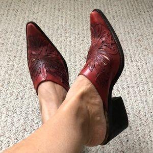 Santa Ana Shoes.